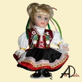 Bábika v kroji - krojovaná bábika - dievča