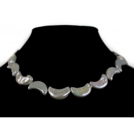 Perly mesiačiky - náhrdelník