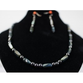 Perleť, hematit - náhrdelník, náušnice