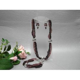 Granát almadin, swarovského krištáľ -náhrdelník, náramok a náušnice