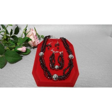 Granát, almadin, swarovského krištáľ -náhrdelník, náramok a náušnice