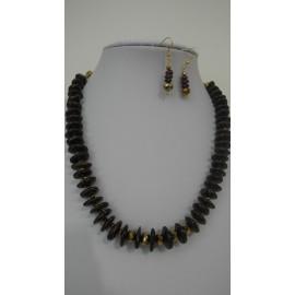 Granát-náhrdelník-náušnice