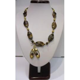 Náhrdelník a náušnice,tigrie oko a zlatá shell perla